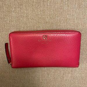 Zip around Kate Spade wallet